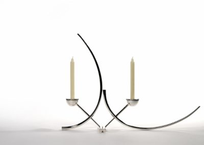 XY Candlesticks The design of the XY candlesticks allows the clean elegant lines to be orientated through 90º. The candlesticks can therefore be aligned vertically or horizontally, allowing their owner to develop endless arrangements to suit any occasion or space.   360mm x 160mm each.